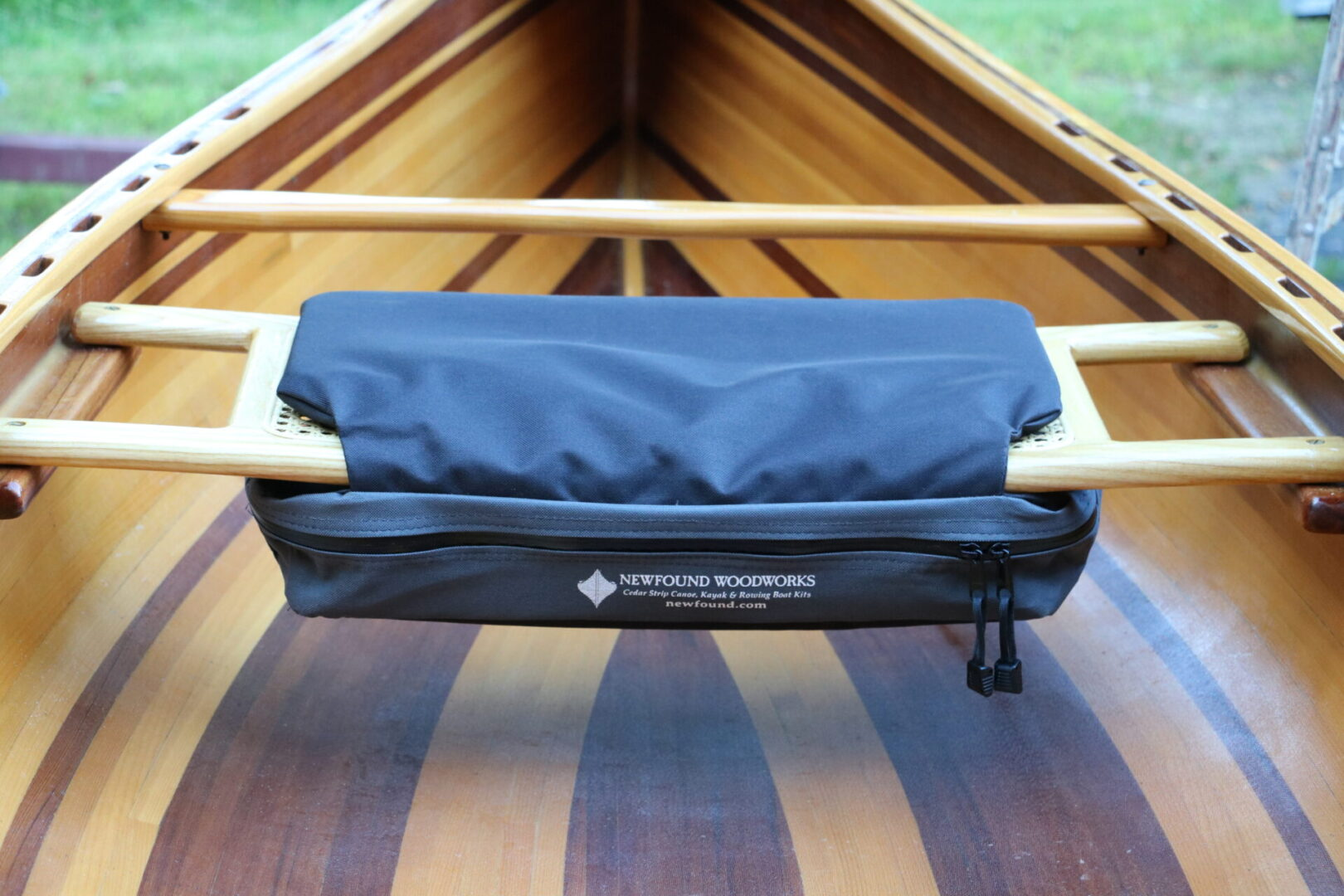 Underseat Stow with seat pad: